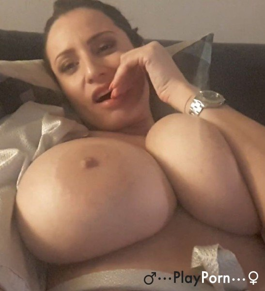 Wife Masturbate On Webcam - Sensual Jane