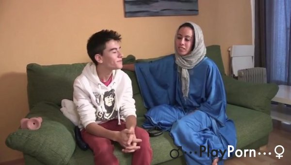Young Boy Fuck Muslim Wooman - Jordi And Nayara
