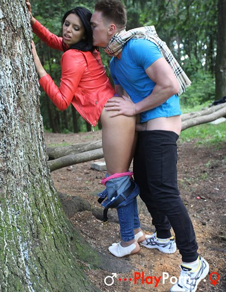 First Date And Sex In Forest - Kira
