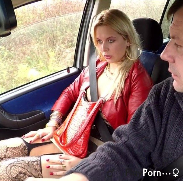 Anal Sex With Slut In The Car - Amateur