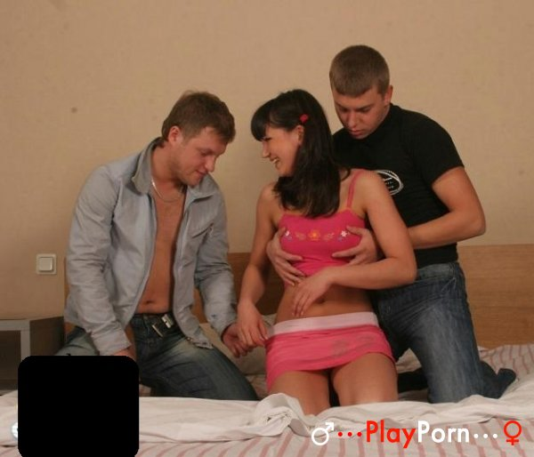 Russian Teen First Threesome - Amateur