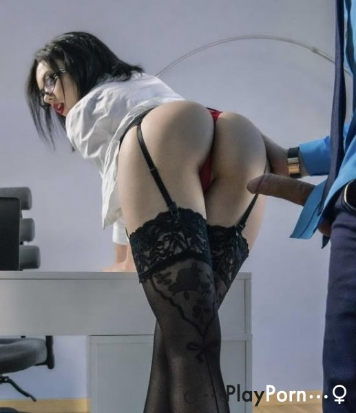 Young Russian Secretary Sex - Sheri Vi