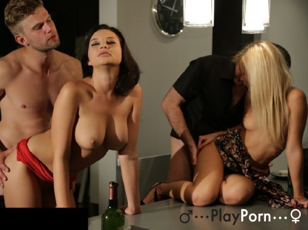 Most Beautiful Swinger Sex - Anna Polina and Lola Reve